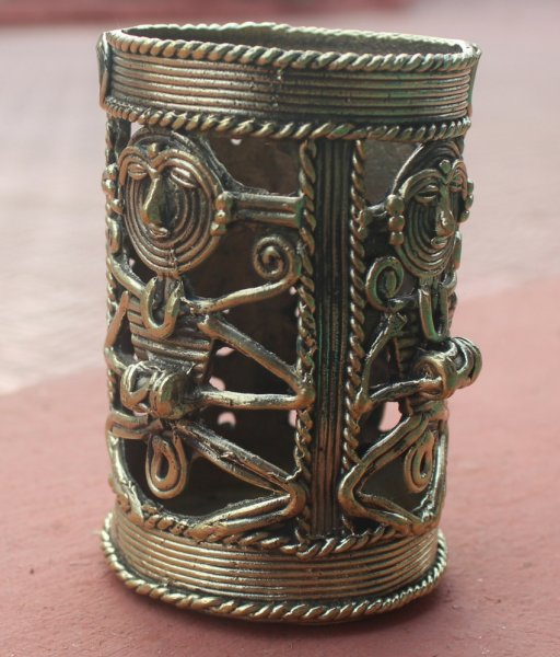 Dhokra Pen Stand