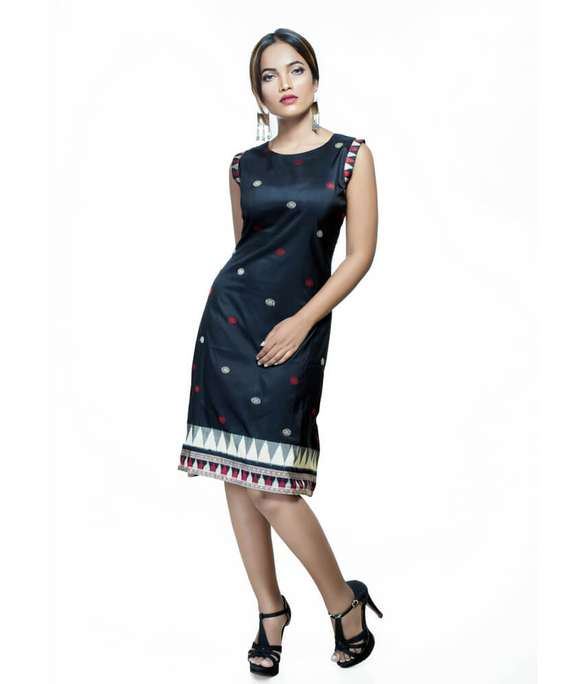 Ikat Black Sleeveless Kurti