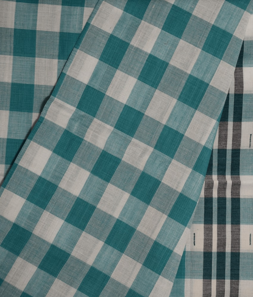 Sky & White Checked Pittala Cotton Saree