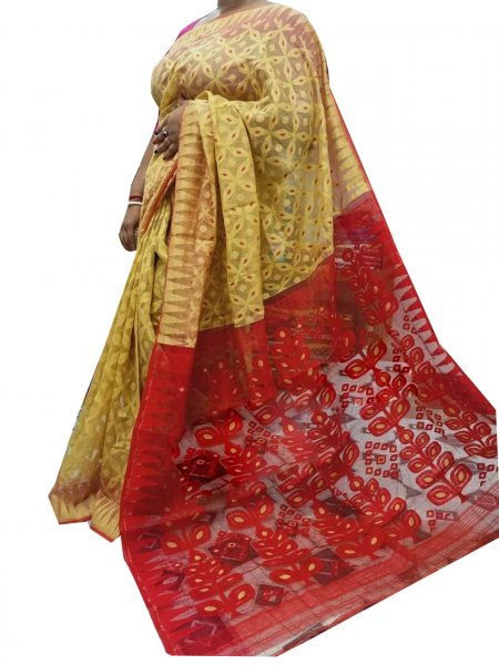 Cream and maroon dhakai jamdani high quality saree