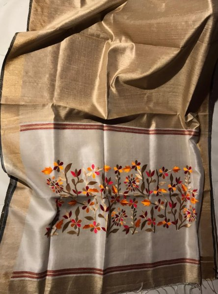 Clay pallu embroidery  linen silk saree