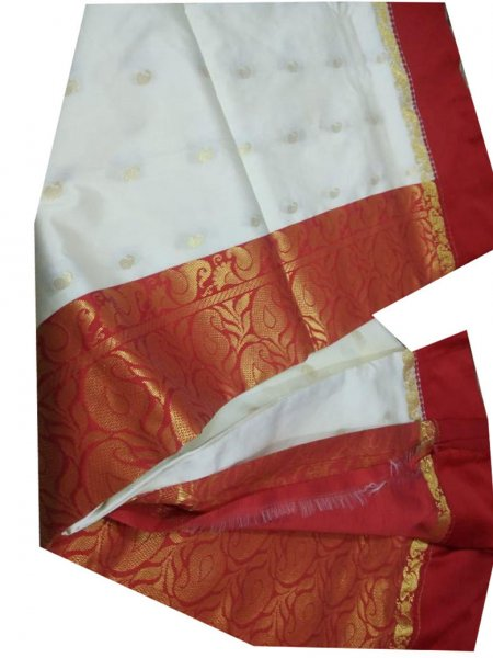 white and maroon linen jamdani saree